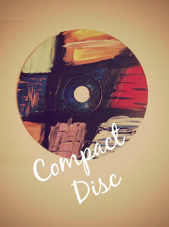 Compact Discs – From Hi-Tech Device to An Obsolete Piece of Plastic